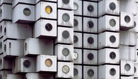 Architectural detail, Nakagin capsule tower (Tokyo, 1972) from Ignant.de