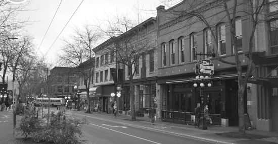 On the moving edge of Gastown: Carrall Street between Cordova and Powell