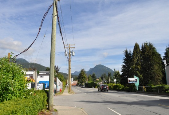 Mountain Highway entrance to the Bosa development property, September 2016